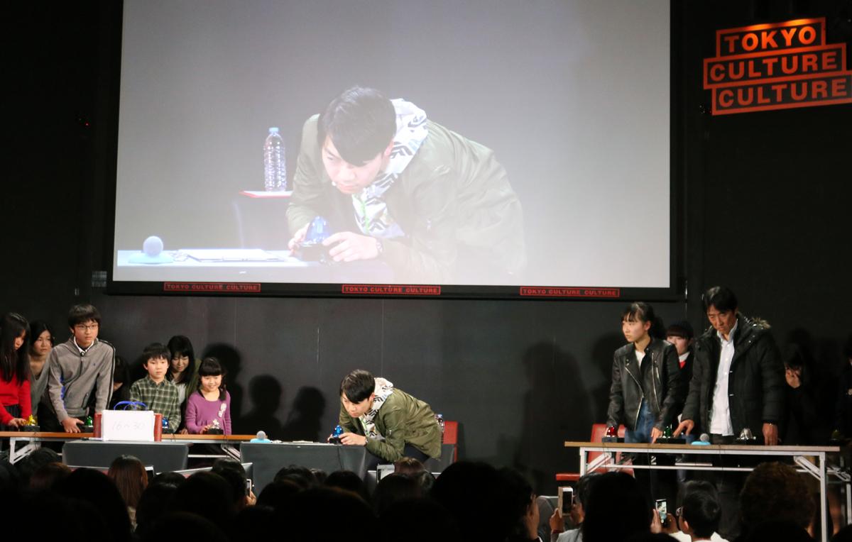 東大王・伊沢拓司が単独イベントを開催!「伊沢拓司のクイズ&トーク!!」レポート