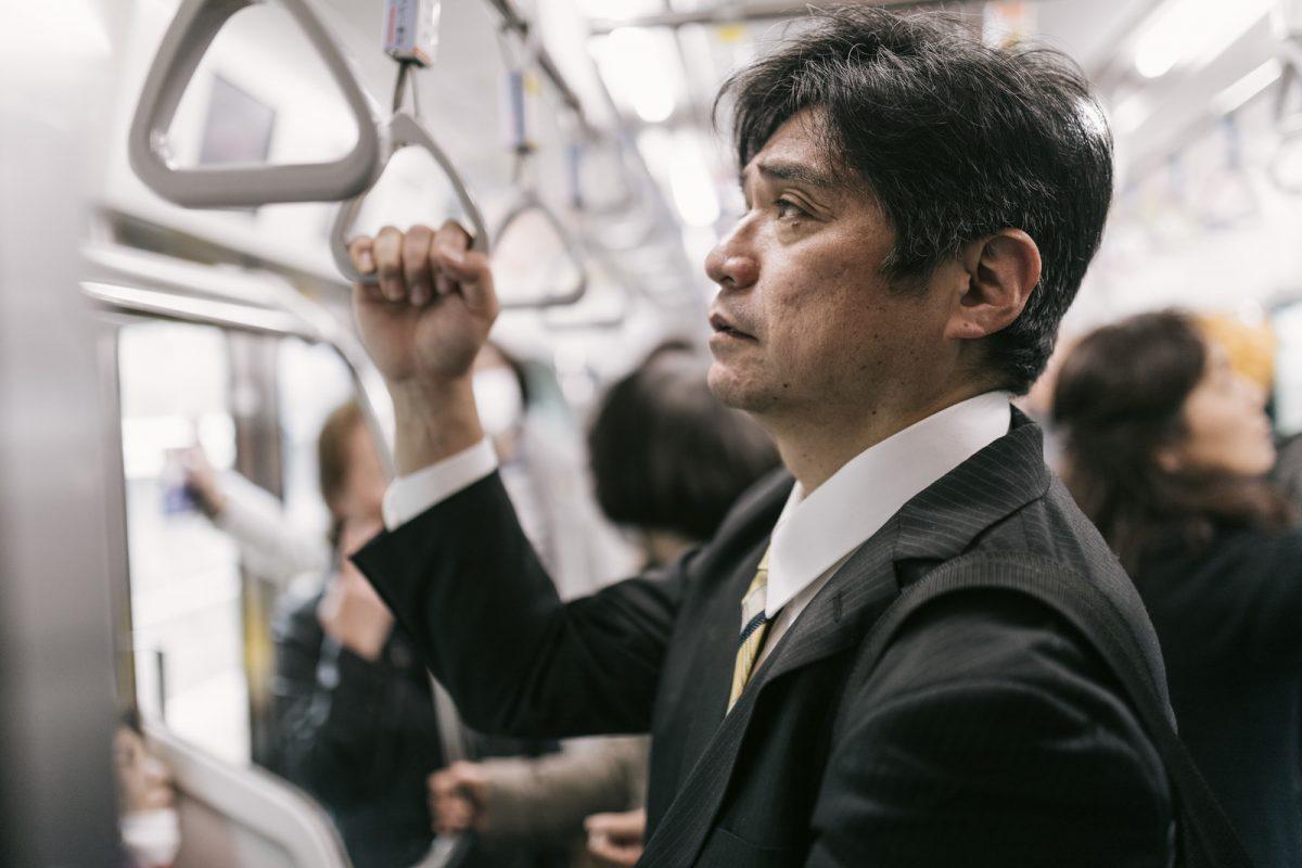 「サラリーマン川柳」のベスト10発表! そばにいる いつもこの人 ネタになる?