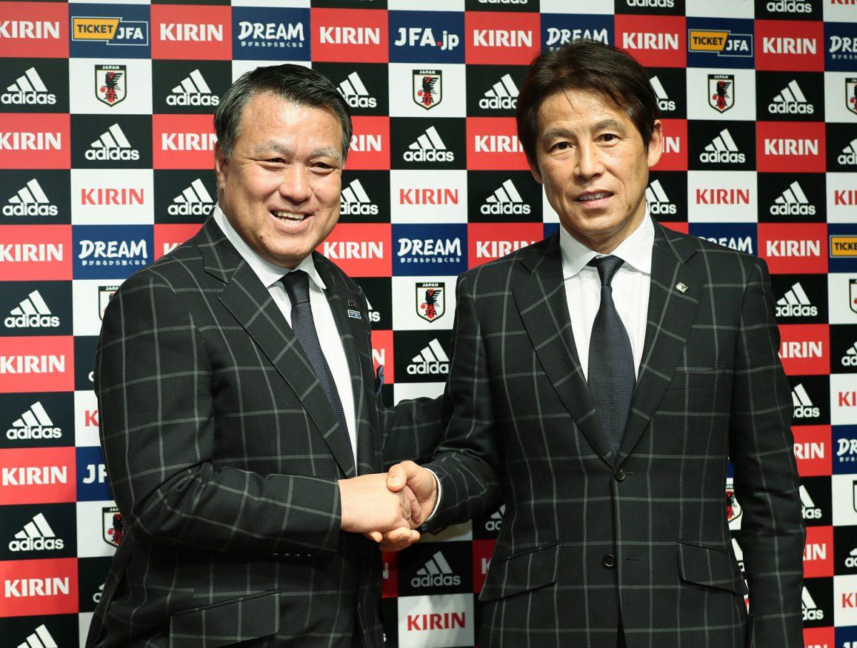 西野朗新代表監督で挑むサッカー日本代表。ワールドカップの初戦はどこの国?