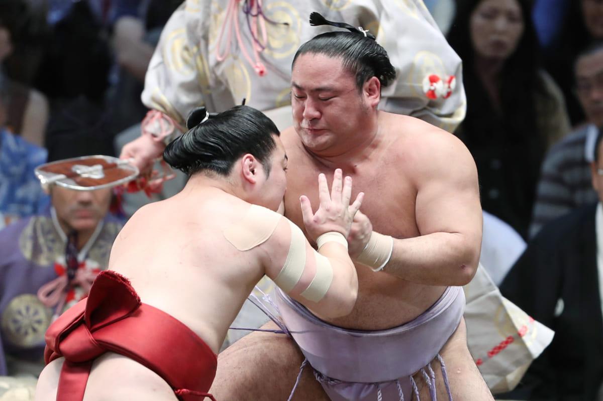 一問一報/相撲の東西